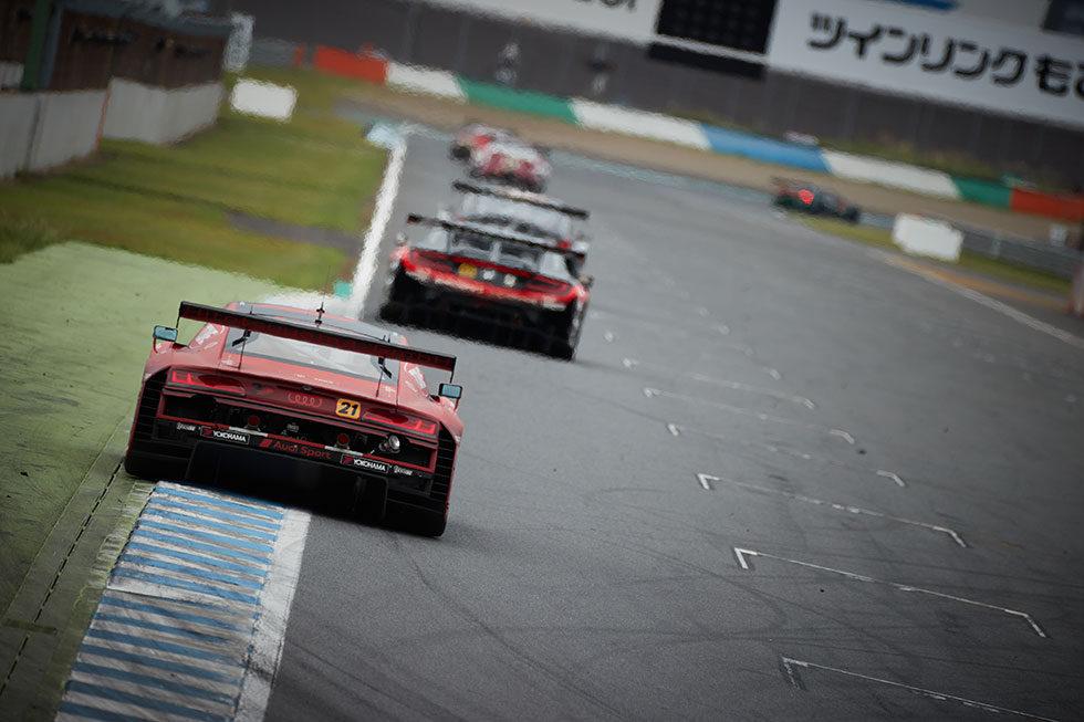 SUPER GT Round 4